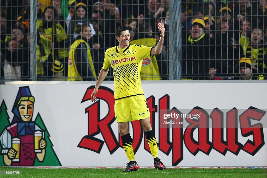 SC Freiburg v Borussia Dortmund  - Bundesliga : News Photo