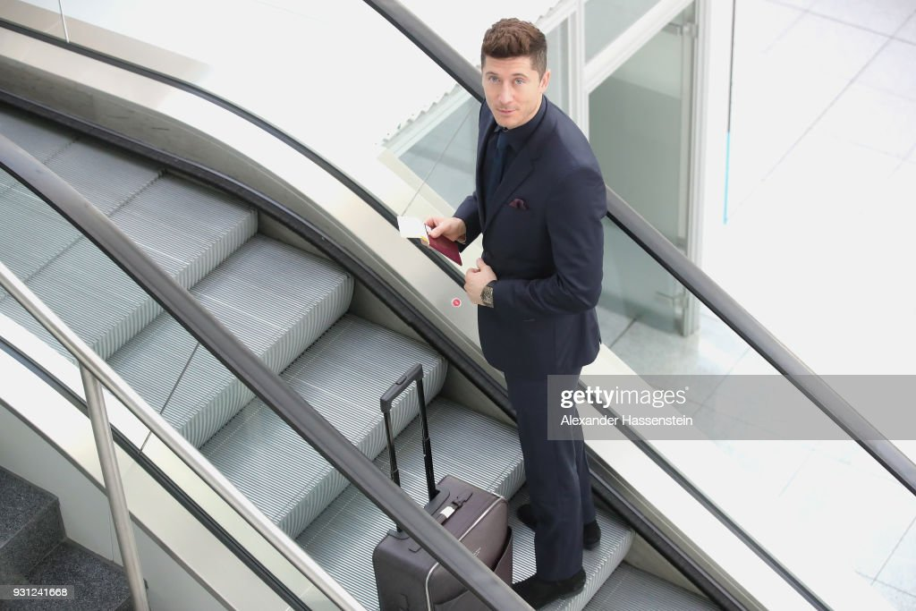 Robert Lewandowski of FC Bayern Muenchen arrives at Munich international airport 'Franz Josef Strauss' prior their team flight for the UEFA Champions League Round of 16 Second Leg match against Besiktas Istanbul on March 13, 2018 in Munich, Germany.