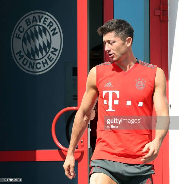 Robert Lewandowski of FC Bayern Muenchen arrives for a training session at the club's Saebener Strasse training ground on August 16 2018 in Munich...