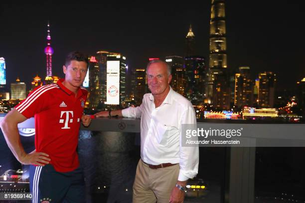Robert Lewandowski of FC Bayern Muenchen attends with KarlHeinz Rummenigge CEO of FC Bayern Muenchen the Audi Night 2017 at Wanda Reign Hotel...