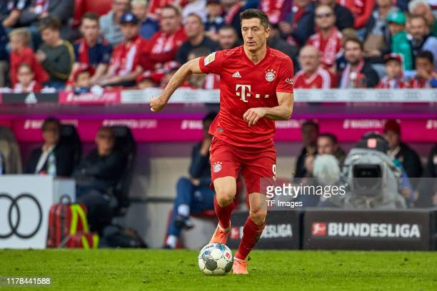 Robert Lewandowski of FC Bayern Muenchen controls the ball during the Bundesliga match between FC Bayern Muenchen and 1. FC Union Berlin at Allianz...