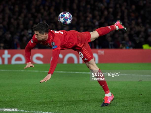 Robert Lewandowski of FC Bayern Munchen attempts an overhead kick during the UEFA Champions League round of 16 first leg match between Chelsea FC and...