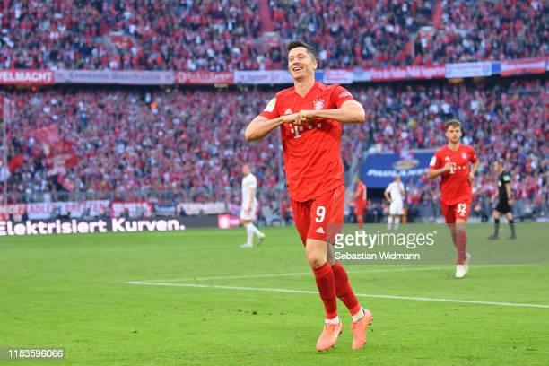Robert Lewandowski of FC Bayern Munich celebrates after scoring his team's second goal during the Bundesliga match between FC Bayern Muenchen and 1....