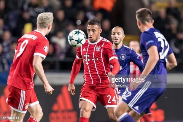 Robert Lewandowski of FC Bayern Munich Corentin Tolisso of FC Bayern Munich Sofiane Hanni of RSC Anderlecht Leander Dendoncker of RSC Anderlecht...