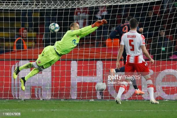 Robert Lewandowski of FC Bayern Munich scores his team's fourth goal during the UEFA Champions League group B match between Crvena Zvezda and Bayern...