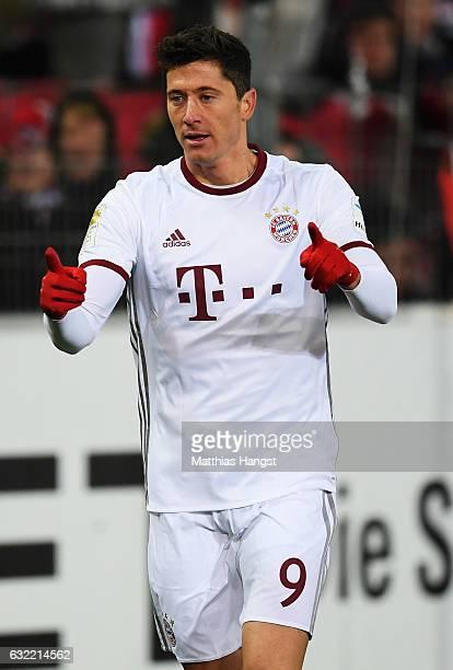 Robert Lewandowski of Muenchen celebrates scoring his goal during the Bundesliga match between SC Freiburg and Bayern Muenchen at SchwarzwaldStadion...