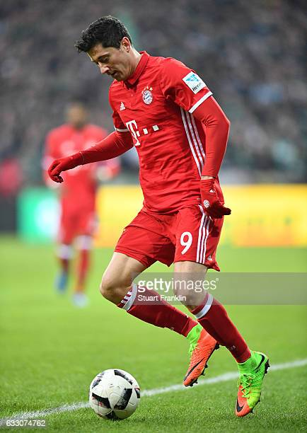 Robert Lewandowski of Muenchen in action during the Bundesliga match between Werder Bremen and Bayern Muenchen at Weserstadion on January 28 2017 in...