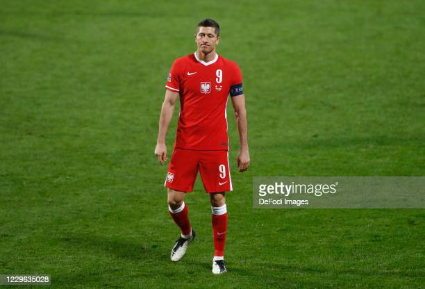 Robert Lewandowski of Poland looks dejected during the UEFA Nations League group stage match between Italy and Poland at Mapei Stadium - Citta' del...