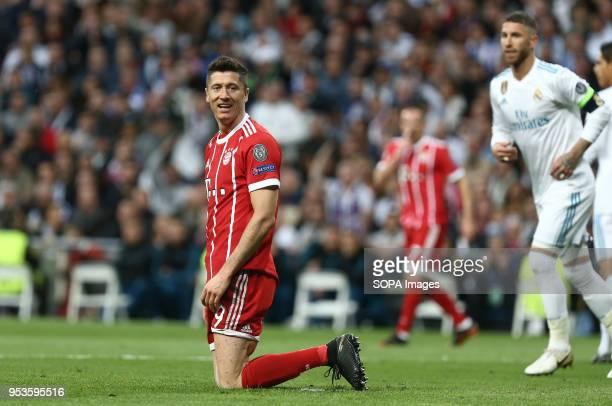 Robert Lewandowski reacts during the UEFA Champions League Semi Final Second Leg match between Real Madrid and Bayern Munchen at the Santiago...