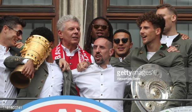 Robert Lewandowski Serge Gnabry Munich mayor Dieter Reiter Renato Sanches Franck Ribery Thiago Leon Goretzka and goalkeeper Manuel Neuer of FC Bayern...