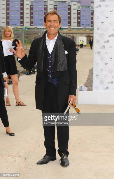 Robert Lindsay attends the Summer fundraising party for The Old Vic Theatre at Battersea Power station on July 1, 2010 in London, England.