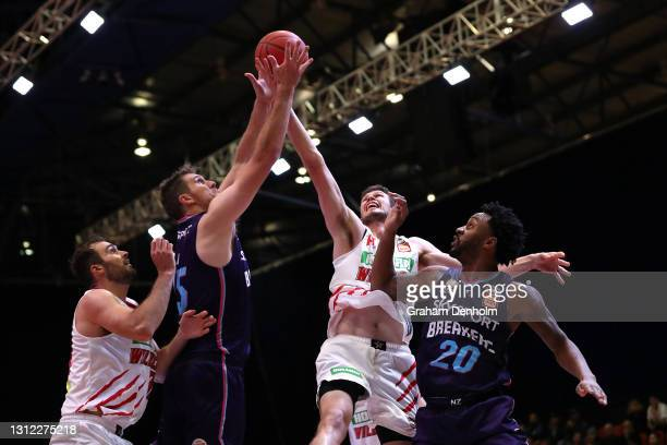 Robert Loe of the Breakers competes for the ball during the round 13 NBL match between the New Zealand Breakers and Perth Wildcats at Silverdome, on...