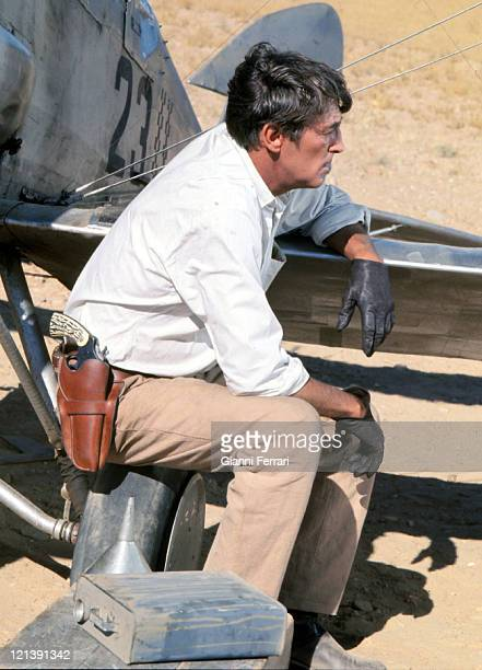 Robert Mitchum during a break from filming 'Villa Cabalga' directed by Buzz Kulik Madrid Spain