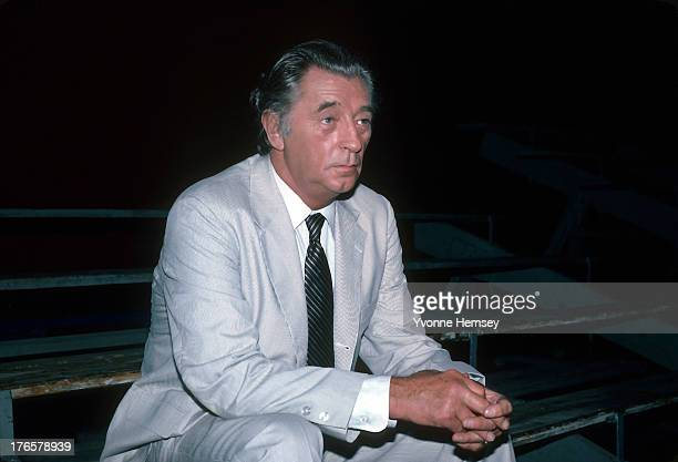Robert Mitchum is photographed on the set of 'That Championship Season' July 23 1982 in Scranton Pennsylvania