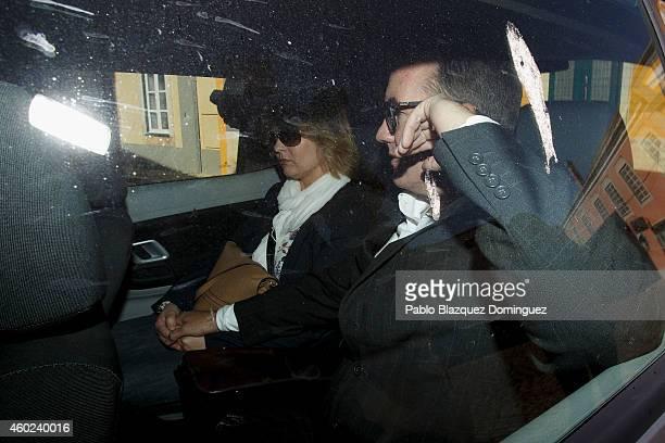 Robert Murat and his wife Michaela Walczuch arrive back at Faro's Police Station inside a car to continue been interviewed as witnesses during an...