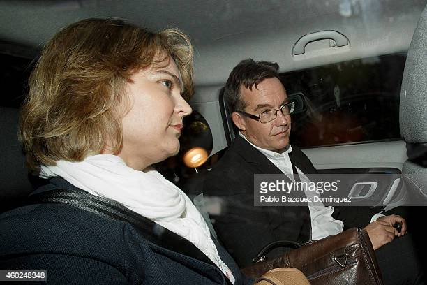Robert Murat and his wife Michaela Walczuch leave Faro's Police Station inside a car after been interviewed as witnesses during an investigation on...