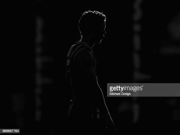 Robert Murphy of the Bulldogs who will play his 300th game this weekend looks upfield during the Western Bulldogs AFL training session at Whitten...