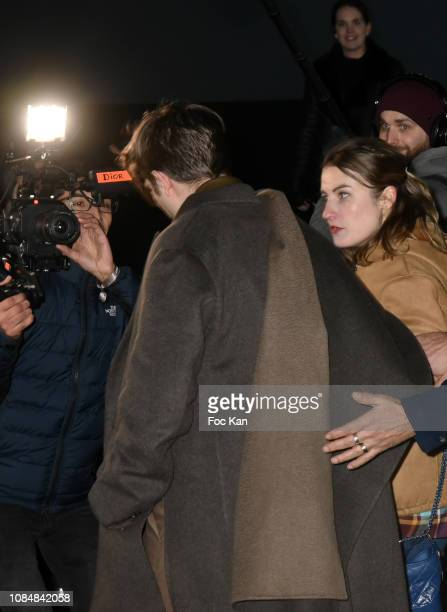 Robert Pattinson arrives at the Dior Homme Menswear Fall/Winter 20192020 show as part of Paris Fashion Week on January 18 2019 in Paris France