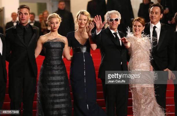 Robert Pattinson Sarah Gadon Mia Waskiowska director David Cronenberg Julianne Moore John Cusack attend 'The Maps To The Stars' premiere during the...