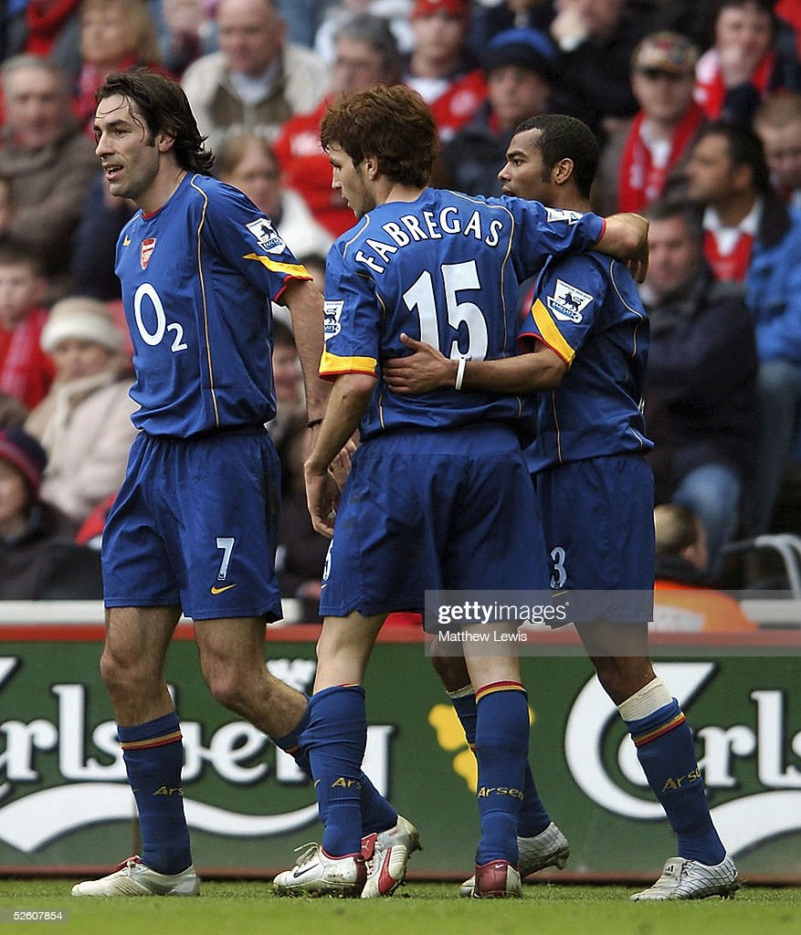Robert Pires of Arsenal celebrates his goal during the Barclays Premiership match between Middlesbrough and Arsenal at the Riverside Stadium on April 9, 2005 in Middlesbrough, England.