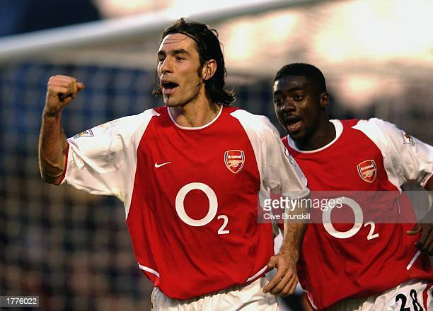 Robert Pires of Arsenal celebrates scoring Arsenal's winning goal during the FA Barclaycard Premiership match between Arsenal and Fulham held on...