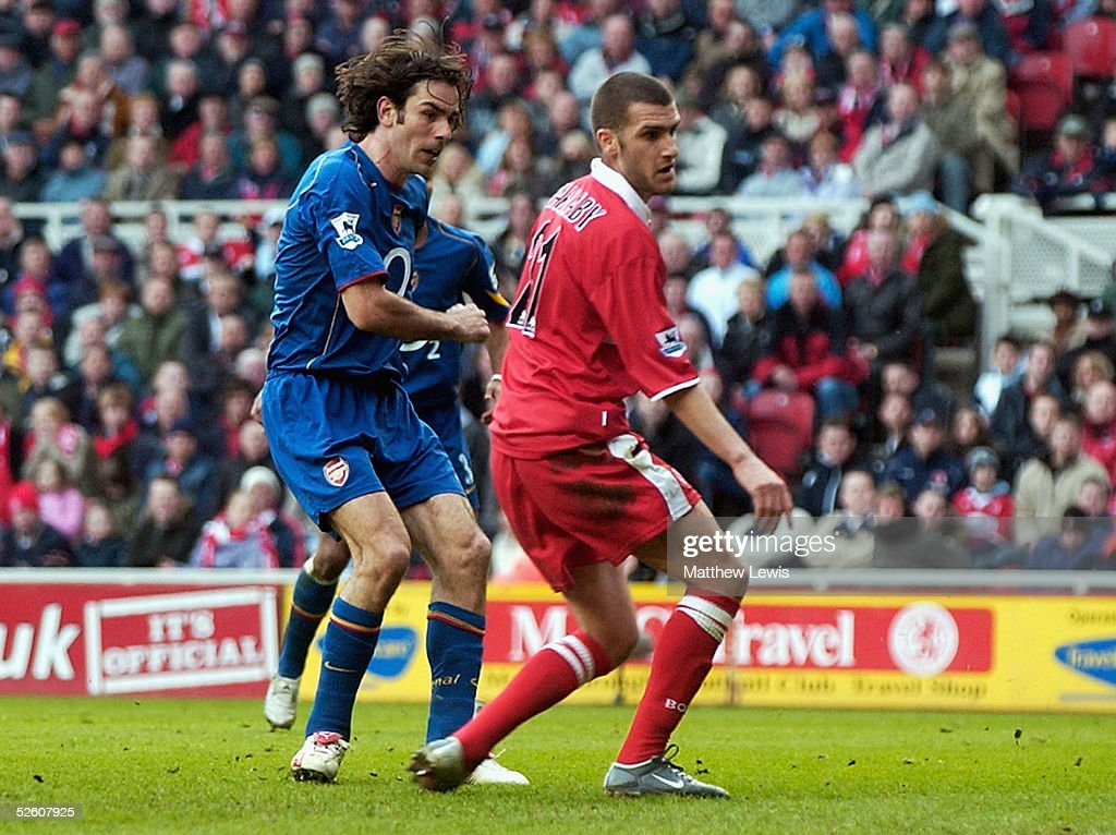 Robert Pires of Arsenal scores a goal during the Barclays Premiership match between Middlesbrough and Arsenal at the Riverside Stadium on April 9, 2005 in Middlesbrough, England.