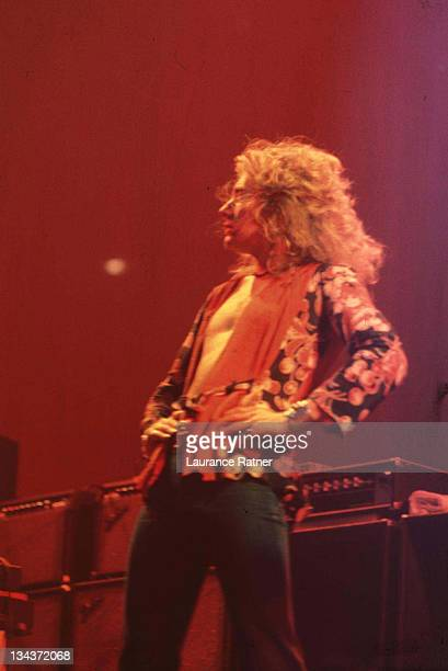 Robert Plant of Led Zeppelin during Led Zeppelin in Concert at Chicago Stadium 1211975 at Chicago Stadium in Chicago Illinois United States