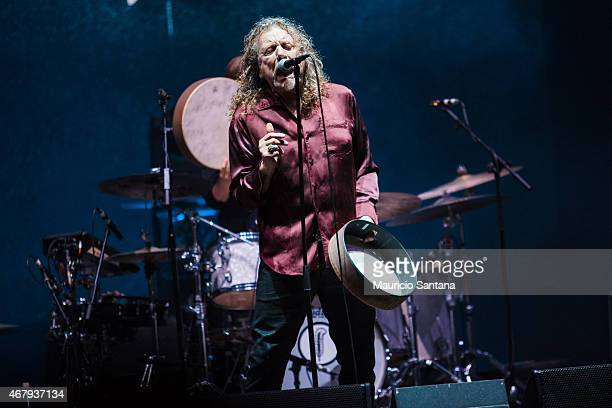 Robert Plant performs during 2015 Lollapalooza Brazil at Autodromo de Interlagos on March 28 2015 in Sao Paulo Brazil