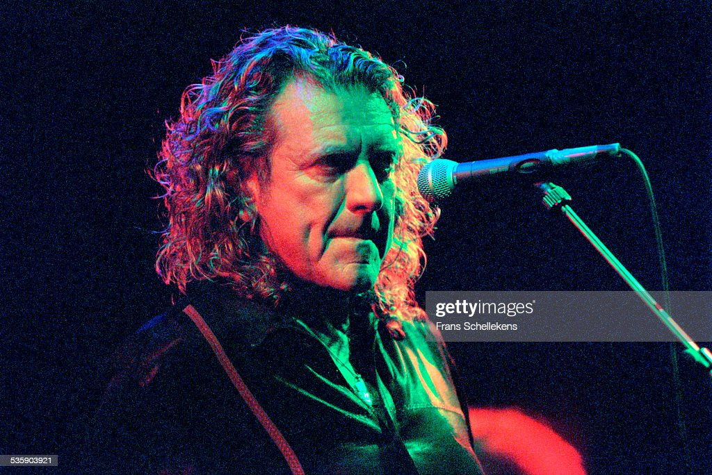Robert Plant, vocals, performs on October 23rd 2000 at the Melkweg in Amsterdam, Netherlands.