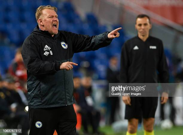 Robert Prosinecki, Manager of Bosnia reacts during the international friendly match between Spain and Bosnia & Herzegovina at Estadio de Gran Canaria...