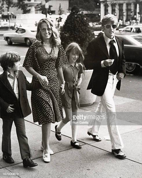 Robert Redford and Family during Robert Redford and Family Sighted outside The Sherry Netherland Hotel June 24 1971 at Sherry Netherland Hotel in New...