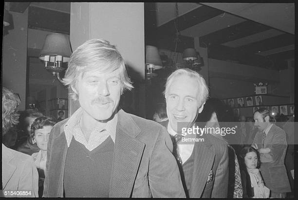 Robert Redford and Jason Robards attend the New York Film Critics Circle Awards held at the famous Sardi's Restaurant All the President's Men in...
