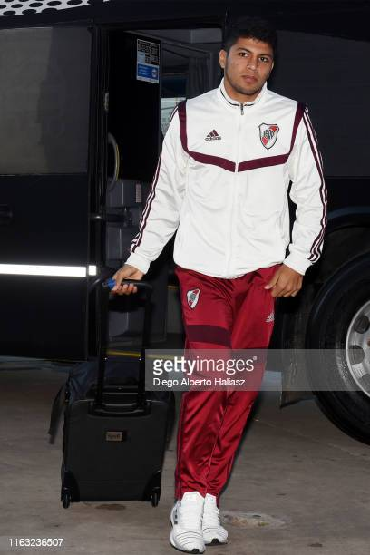 Robert Rojas of River Plate arrives to the stadium before a match between River Plate and Cerro Porteño as part of Quarter Finals of Copa CONMEBOL...