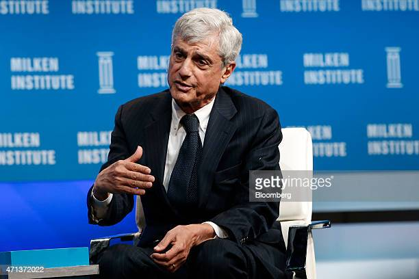 Robert Rubin cochairman at the Council of Foreign Relations and former US Treasury Secretary speaks during the annual Milken Institute Global...