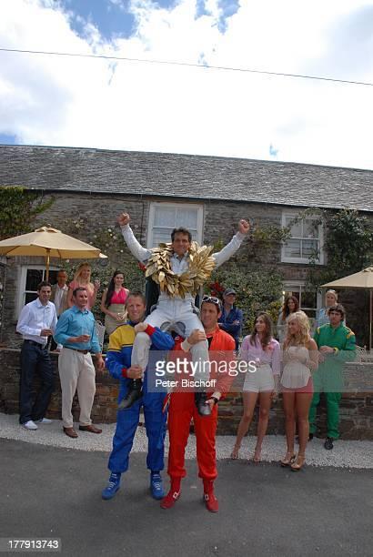 """Robert Seeliger , Komparsen, Rosamunde-Pilcher-Film """"Englischer Wein"""", ZDF, Herrenhaus """"Rosteague"""", Portscatho, Cornwall, England / Großbritannien,..."""