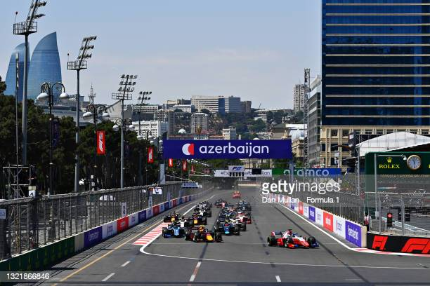 Robert Shwartzman of Russia and Prema Racing leads the field round turn one at the start during sprint race 1 of Round 3:Baku of the Formula 2...
