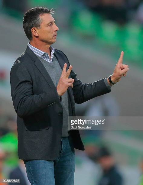 Robert Siboldi coach of Santos gives instructions during the 3rd round match between Santos Laguna and Morelia as part of the Torneo Clausura 2018...