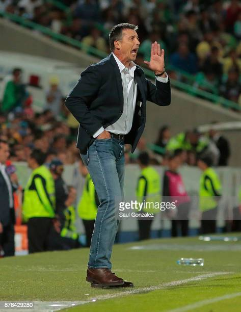 Robert Siboldi coach of Santos shouts instructions to his players during the 17th round match between Santos Laguna and America as part of the Torneo...