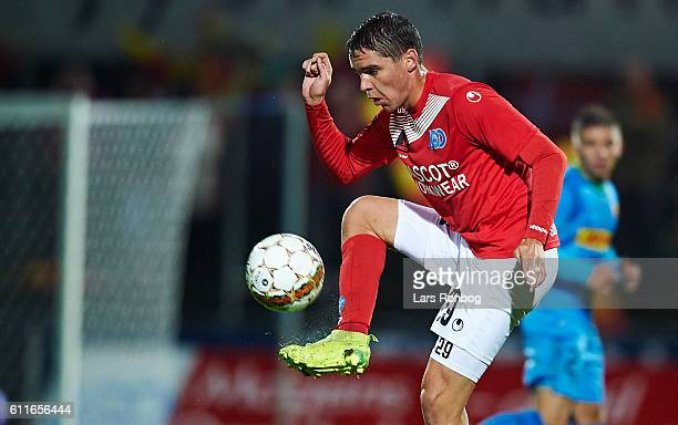 Robert Skov of Silkeborg IF controls the ball during the Danish Alka Superliga match between Silkeborg IF and FC Nordsjalland at Mascot Park on...