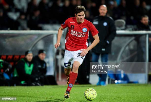 Robert Skov of Silkeborg IF controls the ball during the Danish Alka Superliga match between AGF Aarhus and Silkeborg IF at Ceres Park on November 18...