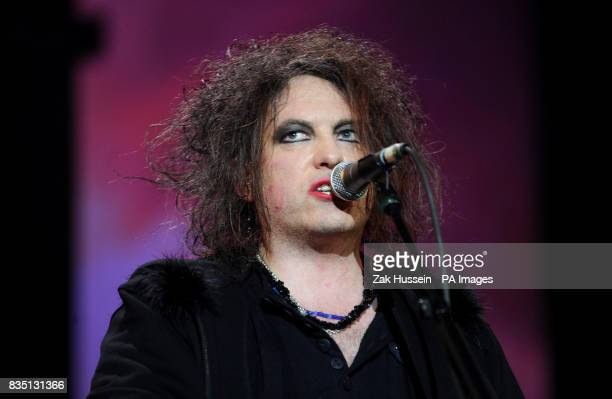 Robert Smith of the Cure performs during the NME Big Gig 2009 at the O2 Arena in south east London
