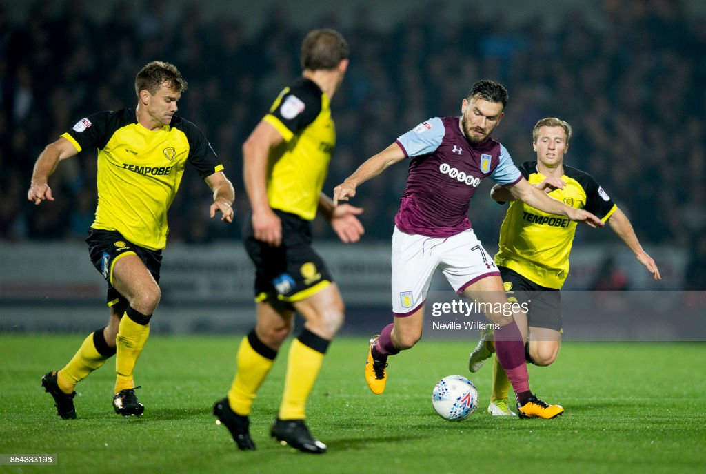 Robert Snodgrass of Aston Villa during the Sky Bet Championship match between Burton Albion and Aston Villa at the Pirelli Stadium on September 26, 2017 in Burton, England.