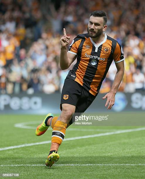 Robert Snodgrass of Hull City celebrates scoring his sides second goal during the Premier League match between Hull City and Leicester City at KCOM...