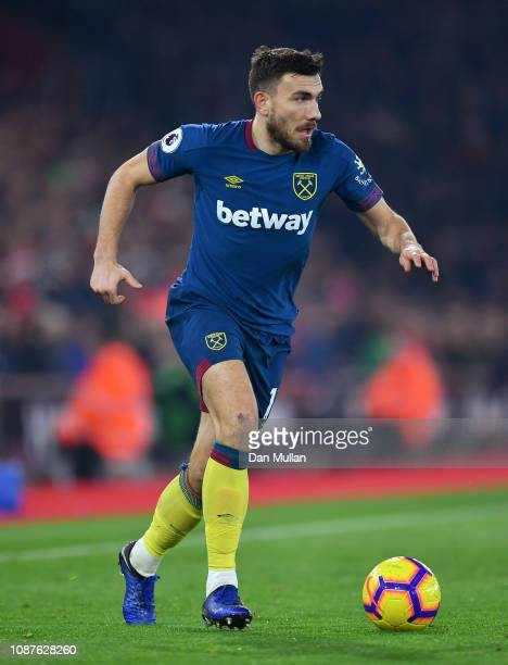 Robert Snodgrass of West Ham United controls the ball during the Premier League match between Southampton FC and West Ham United at St Mary's Stadium...