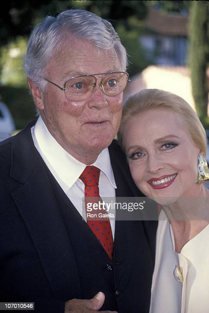 Robert Sterling and Anne Jeffreys during 25th Wedding Anniversary Party for Renee Taylor and Joe Bologna August 19 1990 at Private Residence in...