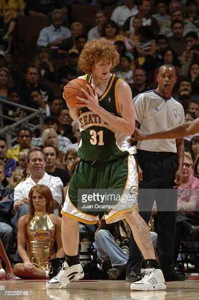 Robert Swift of the Seattle SuperSonics looks to make a move during a preseason game against the Los Angeles Lakers at the Honda Center on October 12...