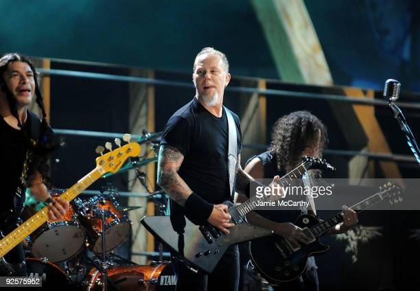 Robert Truhillo James Hatfield and Kirk Hammett of Metallica perform onstage at the 25th Anniversary Rock Roll Hall of Fame Concert at Madison Square...
