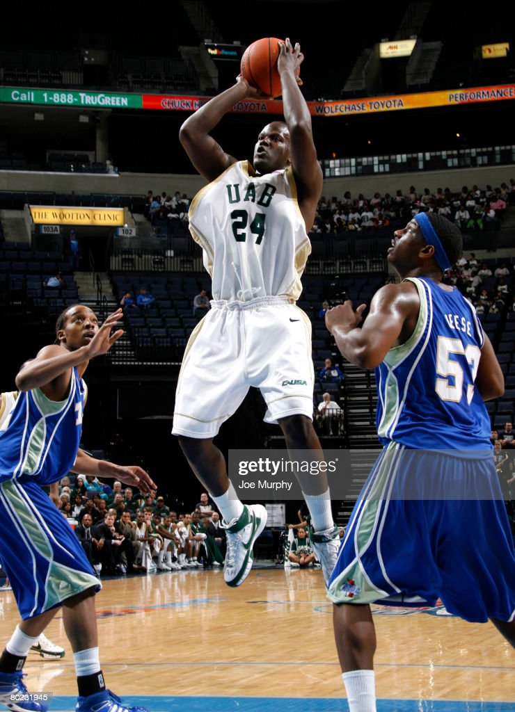 Robert Vaden #24 of the UAB Blazers shoots a jumpshot past Ray Reese #53 of the Tulsa Golden Hurricane during the quarterfinals of the Conference USA Basketball Tournament at FedExForum on March 13, 2008 in Memphis, Tennessee.