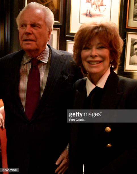 Robert Wagner and Jill St. John attend Gallagher's Steakhouse 90th Anniversary Celebration on November 14, 2017 at Gallagher's Steakhouse in New York...