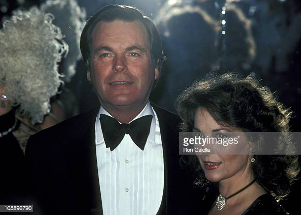 Robert Wagner and Natalie Wood during AFI Salute to Fred Astaire at Beverly Hilton Hotel in Beverly Hills California United States